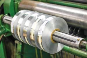 cut aluminum rolls on machine
